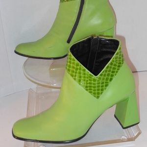 MILAGROS GREEN LEATHER ANKLE BOOTS SIZE 12 MEDIUM